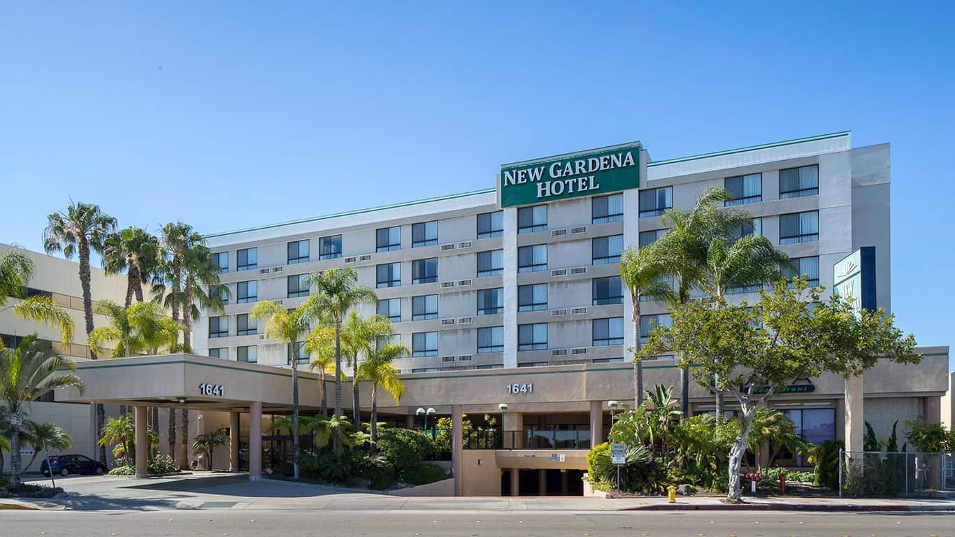 only 15 Minutes from Los Angeles International Airport and Downtown Los Angeles.