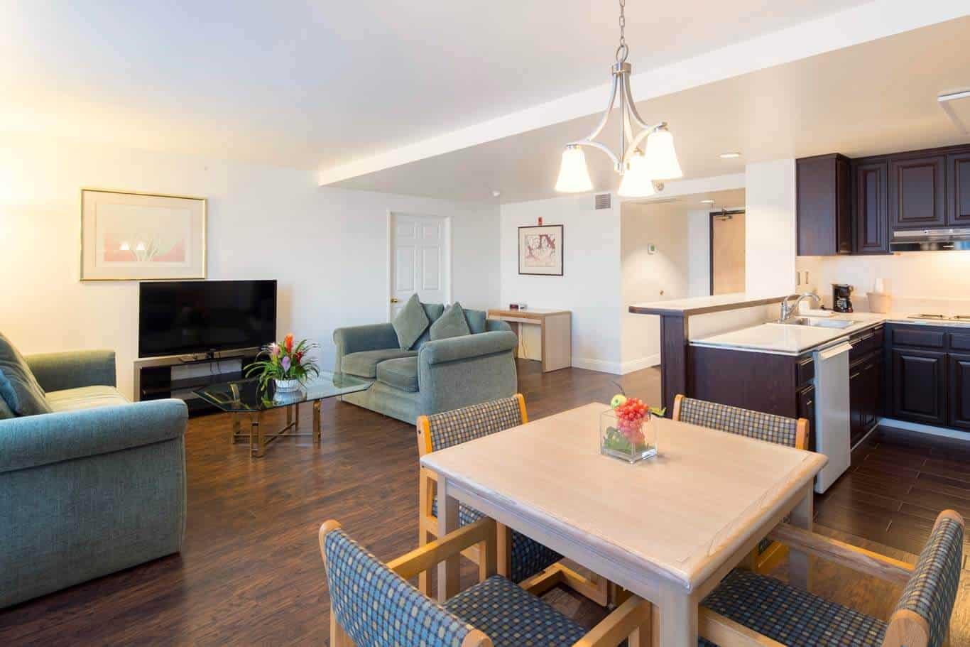 Living Room - Presidential Suite